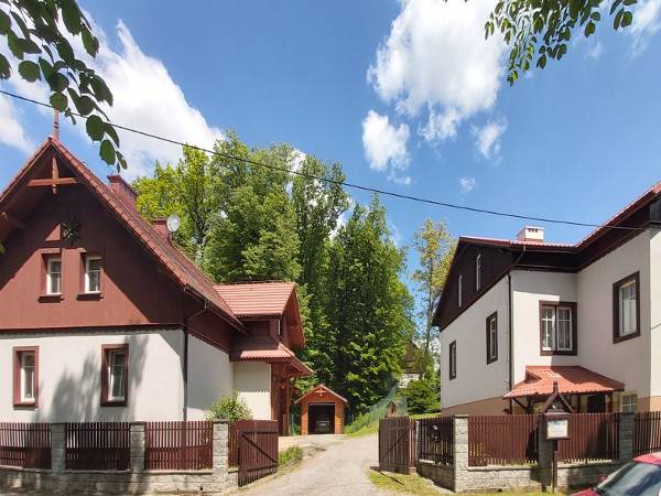 Kompleks wypoczynkowo-rekolekcyjny w Grodzisku koło Ojcowa