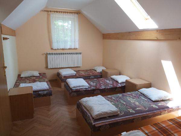 Pokoje 5 osobowe w ośrodku wypoczynkowym w Grodzisku